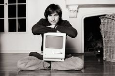 """❥ """"Your time is limited, so don't waste it living someone else's life."""" –Steve Jobs ╰★╮"""