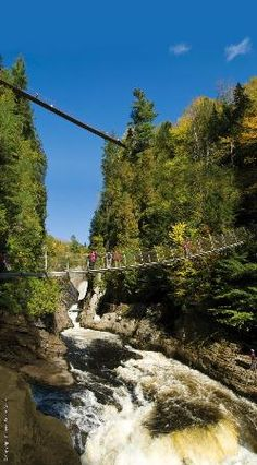 Canyon Sainte-Anne, 3 ponts suspendus / 3 suspending bridgesCanyon Ste-Anne is a 45-minute drive northeast and offers thrilling bridge walks over a rushing waterfall. It's particularly spectacular in spring when the snow begins to melt.
