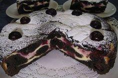 Brownie s tvarohom a s višňami - Mňamky-Recepty. Sweet Cookies, Cake Cookies, Sweet Treats, Cookie Recipes, Dessert Recipes, Romanian Desserts, Cream Cheese Brownies, Serbian Recipes, Food Cakes