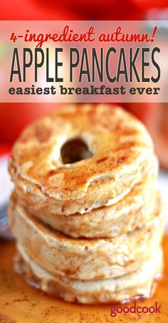 5 Ingredient Apple Ring Pancakes Easy Apple Ring Pancakes-- Just 4 Ingredients for this delicious autumn… Breakfast And Brunch, Apple Breakfast, Autumn Breakfast Recipes, Baby Food Recipes, Fall Recipes, Cooking Recipes, Apple Recipes For Babies, Apple Pancake Recipe, Pancakes Recipe With Butter