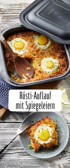 Rösti casserole with sunken fried eggs- Rösti-Auflauf mit versunkenen Spiegeleiern A casserole is optimal: quick & easy to prepare. Our REWE recipe for savory Rösti casserole with fried eggs inspires in addition to Soulfood level! Egg Recipes, Paleo Recipes, Crockpot Recipes, Dinner Recipes, Eggs Crockpot, Easter Recipes, Quick Recipes, Breakfast Desayunos, Breakfast Recipes
