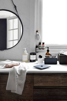 Casual Bathroom Counters - How It Girls Display Their Beauty Products - Photos