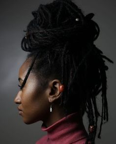 Shared by Herlucidsky. Find images and videos about natural hair, locs and high bun on We Heart It - the app to get lost in what you love. Locs, Curly Hair Styles, Natural Hair Styles, Hair Facts, Natural Contour, Bun Styles, Natural Hair Inspiration, Hair Journey, Textured Hair