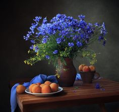 Trademark Global Tatyana Skorokhod Still Life with a Bouquet of Cornflowers and Apricots Canvas Art - x 21 Easy Flower Painting, Oil Painting Flowers, Flower Art, Flower Paintings, Painting Art, Arrangements Ikebana, Floral Arrangements, Flower Arrangement, Still Life Photos