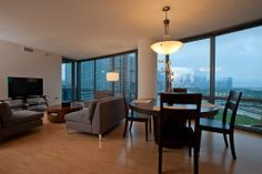 Condo vacation rental in Chicago from VRBO.com....goooorgeous!