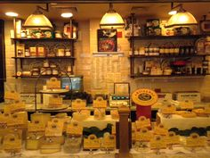 Guide to New York City's Favorite Food: Restaurants, Streets, Stores and More: Artisanal Fromagerie, Bistro & Wine Bar