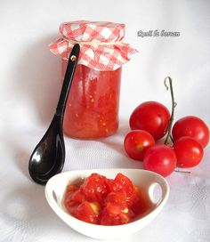 Rosii la borcan Tofu, Avocado, Romanian Food, Pickles, Fish, Fruit, Vegetables, Recipes, Canning