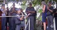 Soldado faz pedido de casamento em solenidade da PM em São José; veja