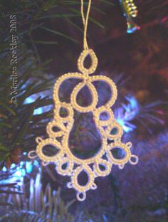 Yarnplayer's Tatting Blog: A bell pattern for you
