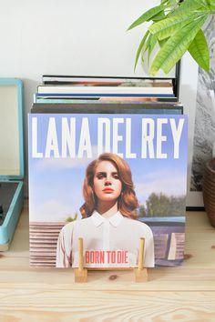 DIY   vinyl record storage