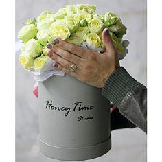 Самые свежие цветы в функциональных коробках.