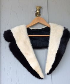 Add this Black and white art deco fur collar to your sweater for instant glam, fur collar, black and white collar, embellishments by TwoSwansSwimming on Etsy