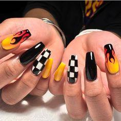 23 Great Yellow Nail Art Designs 2019 - Sunny Yellow Nails - Best Nail World Acrylic Nails Natural, Summer Acrylic Nails, Best Acrylic Nails, Pastel Nails, Acrylic Nail Designs, Summer Nails, Painted Acrylic Nails, Colored Acrylic Nails, Winter Nails
