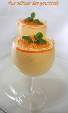 A light, fresh and slightly sour dessert that I propose today. This orange mousse is very easy to prepare. A light, fresh and slightly sour dessert that I propose today. This orange mousse is very easy to prepare. Mousse Dessert, Mousse Fruit, Sweet Recipes, Snack Recipes, Dessert Recipes, Cooking Recipes, Lemon Desserts, Mini Desserts, Orange Mousse