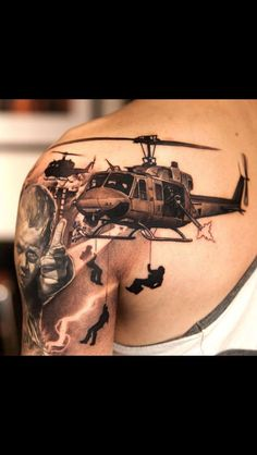 These army tattoos are glorious, violent, somber, colorful, and awesome. Army tattoos are ways to show support to the troops. Enjoy these epic tattoos! Kunst Tattoos, Neue Tattoos, 3d Tattoos, Badass Tattoos, Great Tattoos, Beautiful Tattoos, Body Art Tattoos, Tattoos For Guys, Sleeve Tattoos
