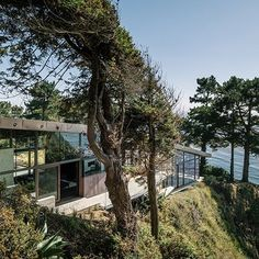 Five Contemporary Cliff-Top Houses : Architectural Digest