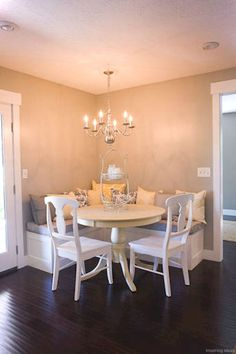 Faded walls Corner Banquette -- Cream and Grey Kitchen - traditional - kitchen - salt lake city - Sheri lermusiaux Kitchen Corner, Corner Bench Kitchen Table, Dining Room Small, Home, Kitchen Table Bench, Kitchen Booths, Kitchen Benches, Dining Room Decor, Kitchen Seating