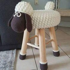 The most beautiful Crochet basket and straw models Crochet Home, Knit Crochet, Stool Covers, Crochet Unicorn, Crochet Animal Patterns, Baby Furniture, Beautiful Crochet, Kids Playing, Knitting