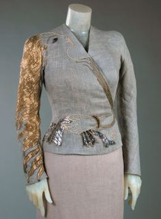1937 Woman's Dinner Jacket by Elsa Schiaparelli in collaboration with Jean Cocteau and embroidered by Lesage, Paris. Philadelphia Museum of… Elsa Schiaparelli, 1930s Fashion, Vintage Fashion, Mega Fashion, Dinner Jacket, 20th Century Fashion, Lesage, V Magazine, Italian Fashion Designers