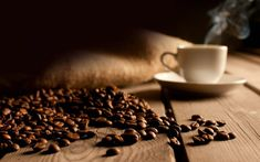 A great cup of coffee starts with the world's best fair trade organic coffee beans roasted in small batches then the fresh coffee beans are sent to you daily. Coffee Guide, Coffee Blog, Coffee Uses, Fresh Coffee, Coffee Type, Coffee Grain, Black Coffee, Hot Coffee, Coffee Market