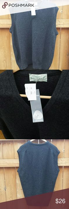 """Quills Woolen Market Ireland Sweater 44/54 NWT gray v-neck sweater vest.  100% pure new wool.  Made in Ireland.   28"""" top to bottom;  24"""" arm pit to arm pit; 7"""" collar seam to end of shoulder. Quills Woolen Market  Sweaters V-Neck"""