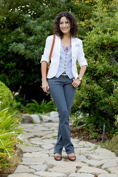 I love the composition of this outfit (via Alterations Needed, http://www.alterationsneeded.com/2011/08/the-things-i-do-for-linen.html.)  I've emulated this more than once with pieces (and colors) of my own.