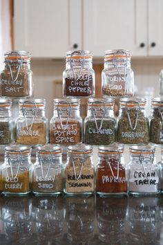Herb and Spice Organization , Pantry Organization, Glass Container Storage, Food Storage Containers, Airtight Glass Container Spice Storage Containers, Glass Storage Jars, Food Containers, Jar Storage, Kitchen Organisation, Spice Organization, Kitchen Storage, Glass Spice Jars, Mason Jar Wine Glass