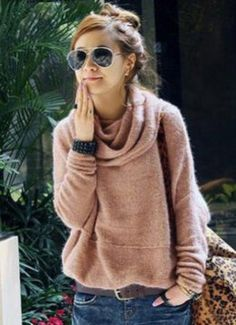 messy bun, sweater, shades...done.
