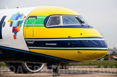 Azul Batiza Avião em Homenagem a Ayrton Senna 2014 Azul Brazilian Airlines, Mobile Art, Airplane, Youtube, Photos, Ayrton Senna, Planes, Plane, Pictures