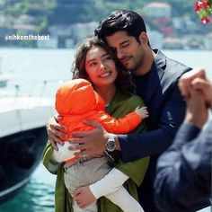 Good morning my dear friends!🌞🌞🌞 Happy Sunday with beautiful family Soydere! Turkish Men, Turkish Actors, Maria Jose, Burak Ozcivit, Cute Profile Pictures, Romantic Photography, Couple Romance, Film Music Books, Love Poems