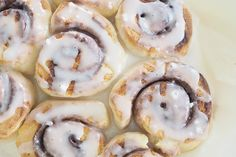 Very easy to make and the most delicious cinnamon scrolls, quick to make as it doesn& include yeast, perfect to bake up for morning tea. Scrolls Recipe, Sweet Recipes, Snack Recipes, Yummy Recipes, Cake Recipes, Cinnamon Scrolls, Savory Snacks, Recipes From Heaven, Food Crafts