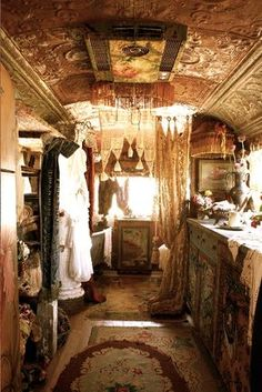 Airstream and Rolls Royce Get a Magnolia Pearl Makeover A closet in a Romany caravan-gypsy wagon: No need to pack, just take it all with you.A closet in a Romany caravan-gypsy wagon: No need to pack, just take it all with you. Gypsy Home, Boho Home, Glamping, Bohemian Gypsy, Gypsy Style, Gypsy Chic, Bohemian Style, Hippie Chic, Modern Hippie