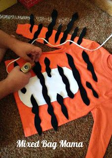 Mixed Bag Mama: Easy DIY Kids Tiger Costume The Effective Pictures We Offer You About kids costumes Fairy Halloween Costumes, Halloween Kids, Vampire Costumes, Animal Costumes For Kids, Costumes Kids, Kids Tiger Costume, Pirate Costumes, Costume For Kids, Tiger Halloween Costume