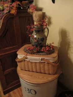 I have some old jugs I could pair with a Longaberger basket, a blue pottery vase, and a woven mug rug underneath. Country Crafts, Country Decor, Country Homes, Country Style, Prim Decor, Primitive Decor, Primitive Bedroom, Primitive Homes, Primitive Antiques