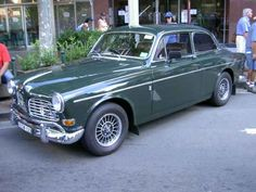 I just love the look of the Volvo 122s