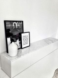 "Ikea ""Bestå"" with Carrara marble table top Estilo Interior, Interior Styling, Interior Design, Ikea Interior, Scandinavian Interior, Studio Interior, Interior Livingroom, Ikea Hacks, Hacks Diy"
