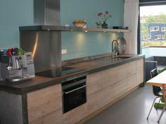 Koak Design makes real oak doors for IKEA kitchen cabinets. Koak + IKEA = your design! Kitchen Ikea, Kitchen Interior, New Kitchen, Kitchen Decor, Kitchens Without Upper Cabinets, Swedish Kitchen, Best Kitchen Designs, Küchen Design, Home Deco