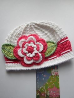 Crochet Girls Hat White Hat with Flower Crochet Baby by MILAVIKIDS, $28.00