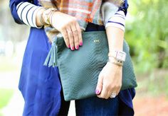 green snakeskin clutch by @mimicdesign