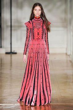 paris fashion week valentino fw17