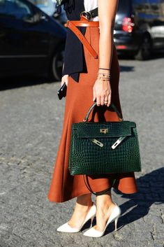 6d7edf804658b2 Hermès - Kelly bag, via @habituallychic Tommy Ton, Clothing Styles,  Clothing Tape