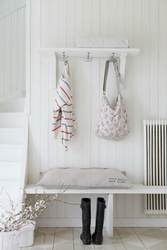 Decorar recibidores con radiador | Decoración Hogar, Ideas y Cosas Bonitas para Decorar el Hogar