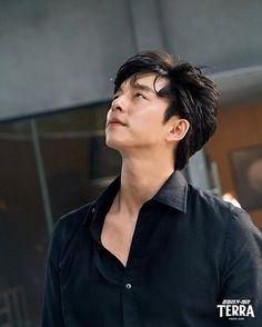 Gong Li, Yoo Gong, Lee Dong Wook, Ji Chang Wook, Korean Celebrities, Korean Actors, Korean Dramas, Goong Yoo, Hemsworth Brothers
