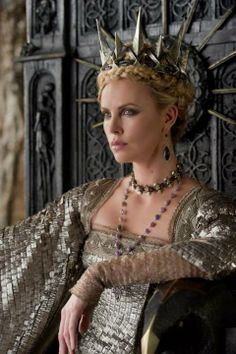 """Charlize Theron stars in """"Snow White and the Huntsman,"""" for which Colleen At., Makeup, Charlize Theron stars in """"Snow White and the Huntsman,"""" for which Colleen Atwood designed costumes. Colleen Atwood, Charlize Theron, Huntsman Movie, Snow White Huntsman, Queen Ravenna, Snowwhite And The Huntsman, Eiko Ishioka, Cathy Waterman, Glamour"""