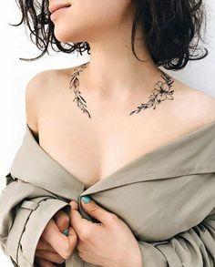 🌸 Wrap Around Neck Flower Tattoo (Second Tattoo) 🌸 bone tattoo neck tattoo tattoo tattoo tattoos ideas collar bone Pretty Tattoos, Love Tattoos, Beautiful Tattoos, Body Art Tattoos, Neck Tattoos, Tatoos, Arabic Tattoos, Dragon Tattoos, Badass Tattoos