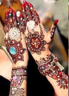 Beautiful Shaded Mehndi Design By Jugni's Jania