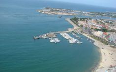 vista aerea del amlecon, y su entrada al puerto de puerto cabello.venezuela