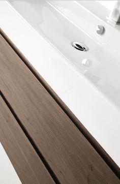 CAPRI de SCS Colección ampliamente desarrollada tanto por su cantidad de lavabos como de acabados y posibilidades de cajones tanto con uñero como con tirador así como la opción Contract en acero de AISI 316. Catorce lavabos de medidas de 150 a 40 cm. con uno y dos senos para los lavabos de 150 y 120 cm. Cuatro terminaciones diferentes: Lacado, Contrachapado, Laminado y Contract. #baño #design #inardi Capri, Sink, Bathtub, Bathroom, Collection, Home Decor, Furniture Projects, Bathroom Furniture, Blue Bath