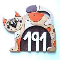 Ceramic House Numbers, Ceramic Houses, Cats And Kittens, Tiles, Sculpture, Ceramics, Cat Art, Border Tiles, Murals