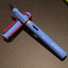 Really Rare Sky Blue (Red Clip and Red dot crown) Lamy Safari Limited Edition Fountain Pen - This one's for my girlfriend :)